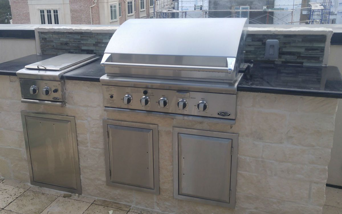 Best outdoor kitchen grills installed grill